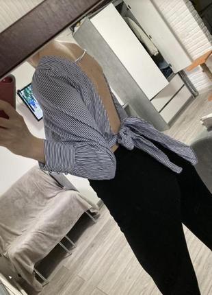 Шикарна блуза с открытой спиной