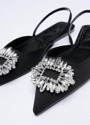 Zara черные брендовые босоножки со стразами