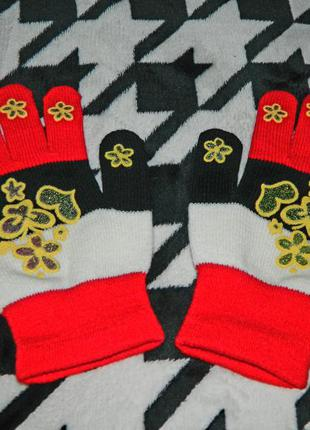Новые тонкие перчатки красные с чёрным и белым