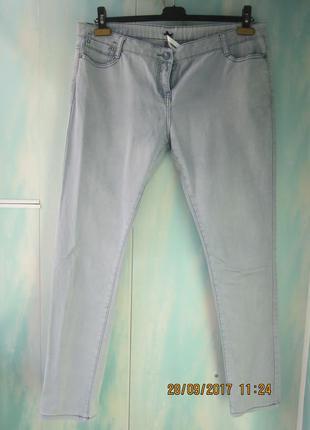 Классные джинсы от kangol указан 16 размер.