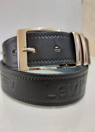 Итальянский кожаный черный ремень levis 501 / ширина 4см/оригинал