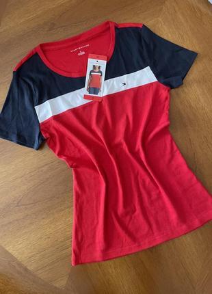 Tommy hilfiger футболка,оригинал s,m