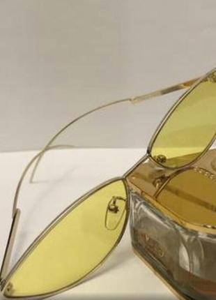 Крутые желтые очки