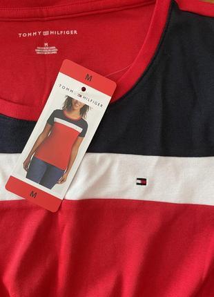 Tommy hilfiger футболка,оригинал s,m3 фото