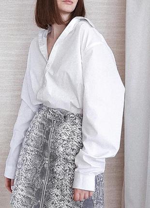 Трендовая юбка на молнии в принт