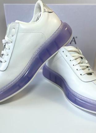 Кожаные итальянские кроссовки.