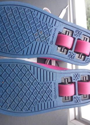 Колоботы,кроссовки на колёсах heelys 33 размер6 фото