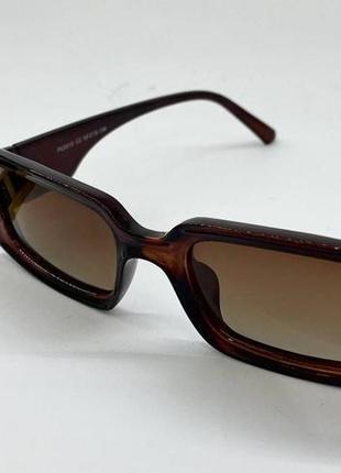 Очки женские солнцезащитные прямоугольные с поляризованными линзами и градиентом в коричневой оправе4 фото