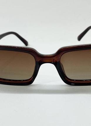 Очки женские солнцезащитные прямоугольные с поляризованными линзами и градиентом в коричневой оправе5 фото