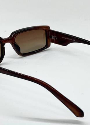 Очки женские солнцезащитные прямоугольные с поляризованными линзами и градиентом в коричневой оправе3 фото