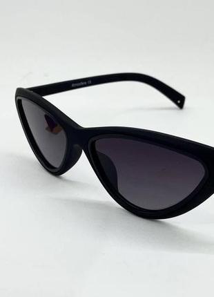 Женские солнцезащитные очки стильные треугольники с поляризованными линзами в матовой оправе