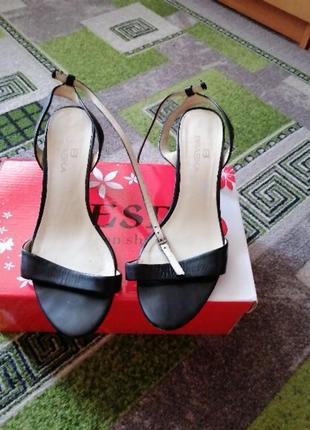 Босоножки, туфли, макасины, красовки женские