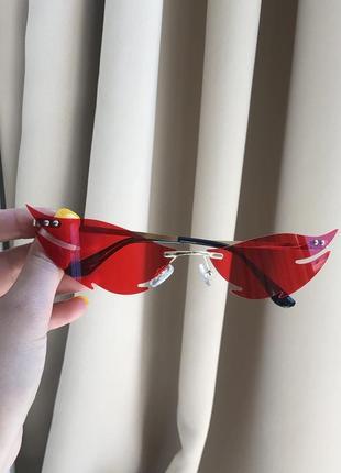 Очки стильные необычные красные узкие имиджевые для вечеринок