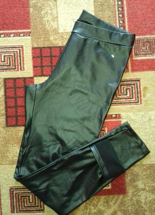 Теплые стильные кожаные  лосины