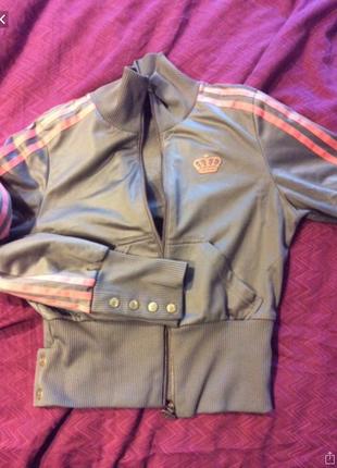 Куртка спортивная атласная