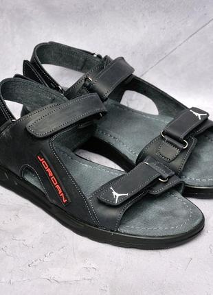 Кожаные, стильные сандалии