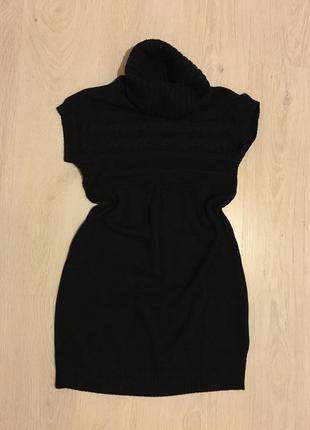 Стильное тёплое вязаное платье