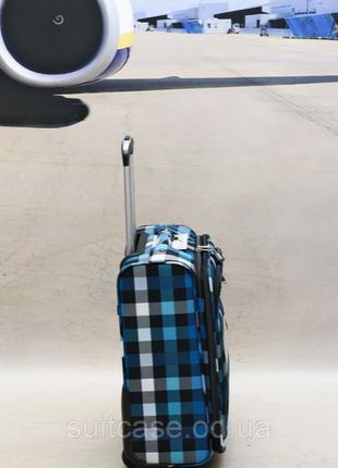 Качественные, очень легкие чемодан фирмы foxy-line8 фото