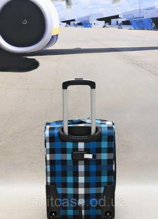 Качественные, очень легкие чемодан фирмы foxy-line5 фото