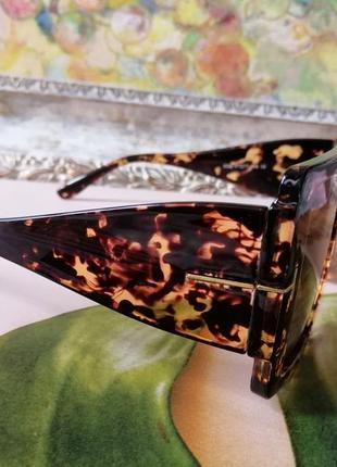 Эксклюзивные брендовые солнцезащитные женские очки квадраты 2021 в черепаховой оправе3 фото