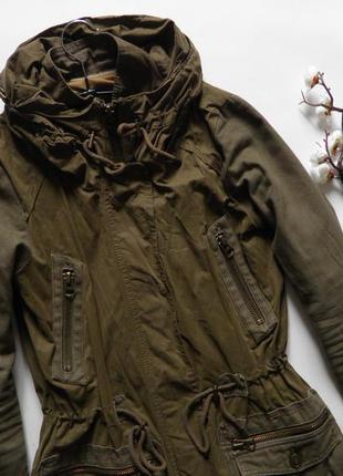 Стильное пальто цвета хаки от zara куртка