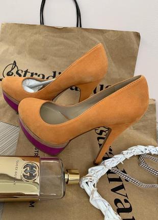 Новые желтые туфли aldo натуральная кожа и замш р 36