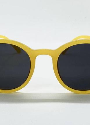 Женские солнцезащитные очки круглые черные линзы в желтой пластиковой оправе6 фото