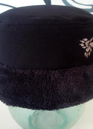 Женская водонепроницаемая шапка jack wolfskin.