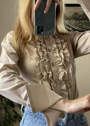 Классическая блуза с жабо