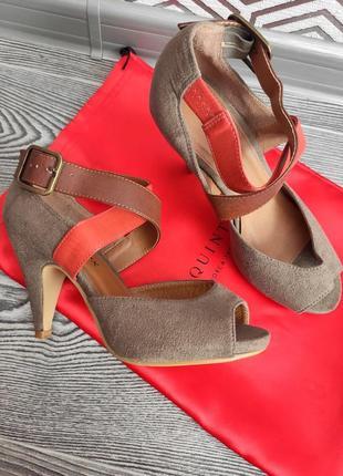Туфли босоножки с открытым носком с ремешками замшевые средний каблук emilio lucax размер 37