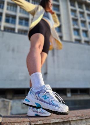 Стильные кроссовки new balance 530 белые с голубым женские