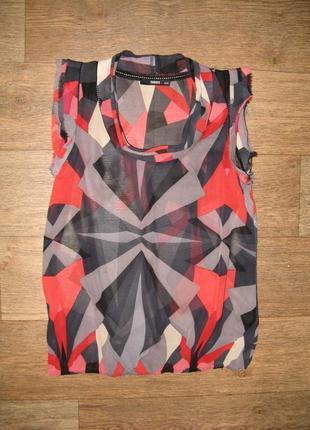Блузка британского бренда oasis, материал - натуральный шёлк, контрастный принт, р. s
