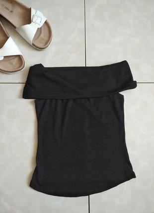 Трендовая стильная женская футболка на плачи с открытыи плечами