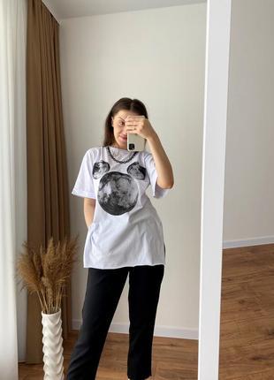 Оригінальна футболка з цепочкою
