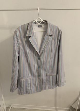 Пиджак блейзер в полоску