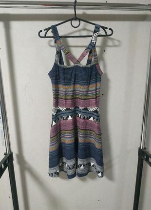 Трикотажное платье размер 10/38*