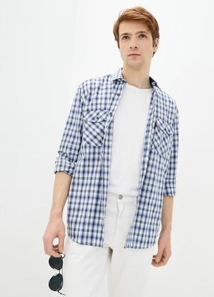 Мужская рубашка. 100% хлопок. манжеты и воротник изнутри отделаны джинсой.