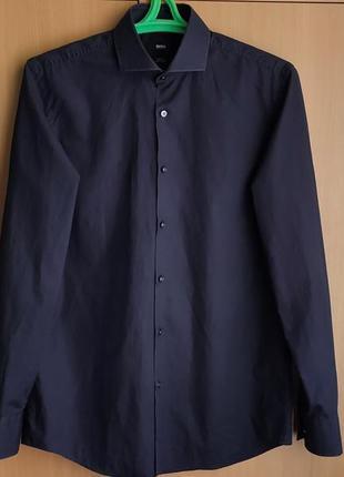 Стильнпая рубашка hugo boss/germany/длинный рукав.