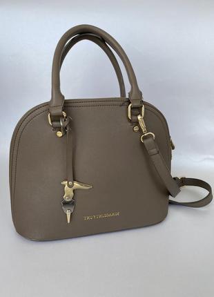 Средняя сумочка tru trussardi
