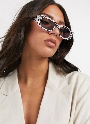 Овальные солнцезащитные очки с коровьим принтом 2021