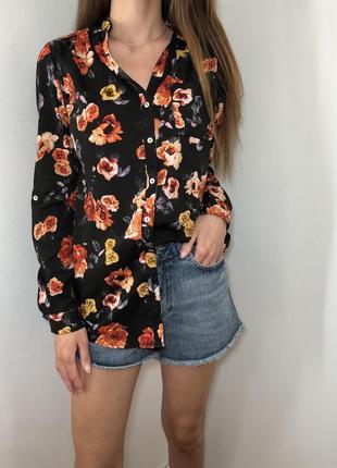 Сорочка з квіточками від terranova🥀