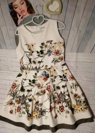 Платье миди в цветочек в цветочный принт