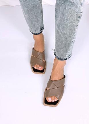 Шлепки с квадратным носком натуральная кожа