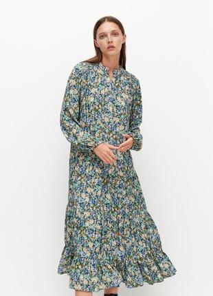Шикарное платье миди свободного кроя reserved в цветочный принт.