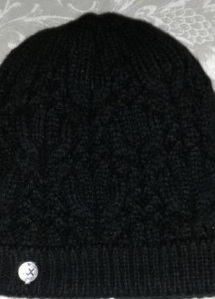 Зимняя шапка на флизе