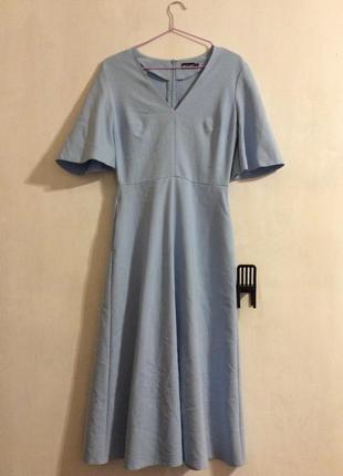 Нежно голубое платье маст хев