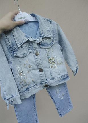 Оригінальна джинсова куртка з довгими рукавами на гудзиках дівчинці