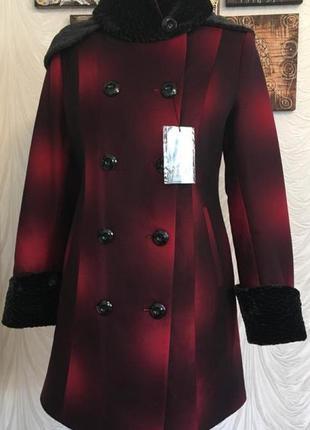 Теплое и стильное пальто на синтепоне shotelli  р 44-48 пог-50 см.