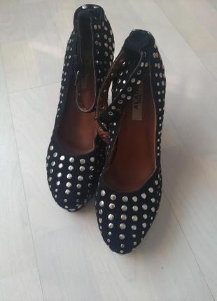 Очень классные туфли, alaia
