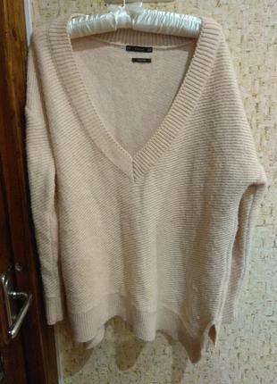 Стильный свитер 48 размер италия